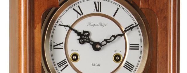 Orologio a pendolo meccanico